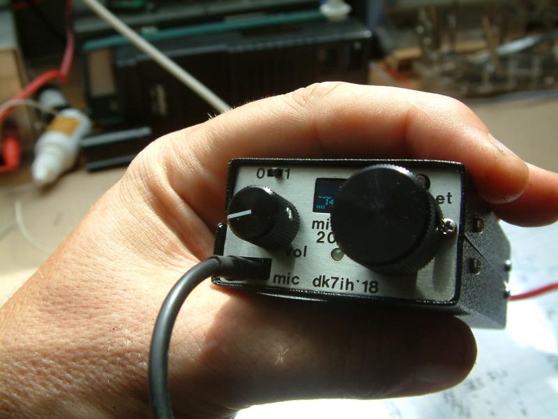 DK7IH pocket sized qrp transceiver 20-4 a