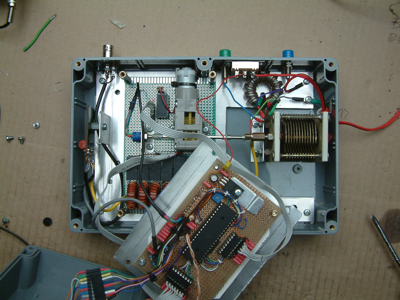 DK7IH semi automatic antenna tuner V2 (inside view)