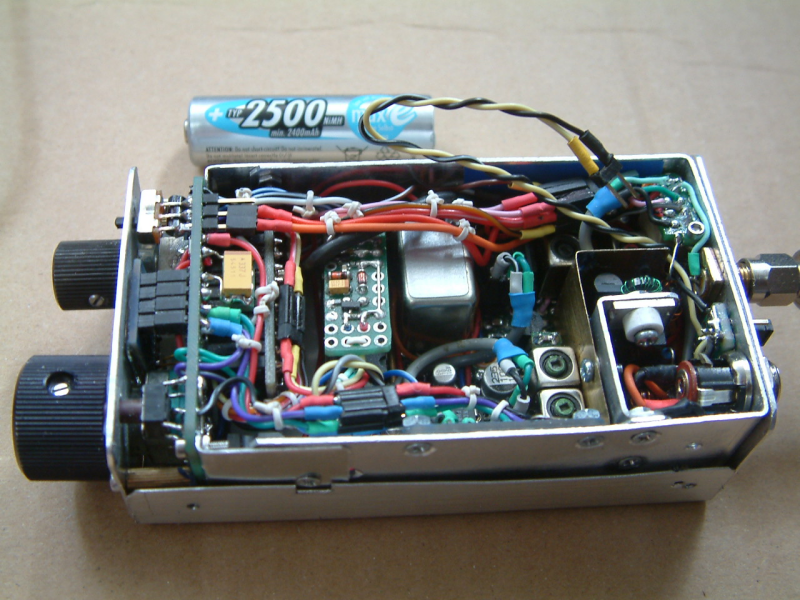 """DK7IH microsize QRP SSB  transceiver (""""Micro24"""") for 14 MHz - Inside"""
