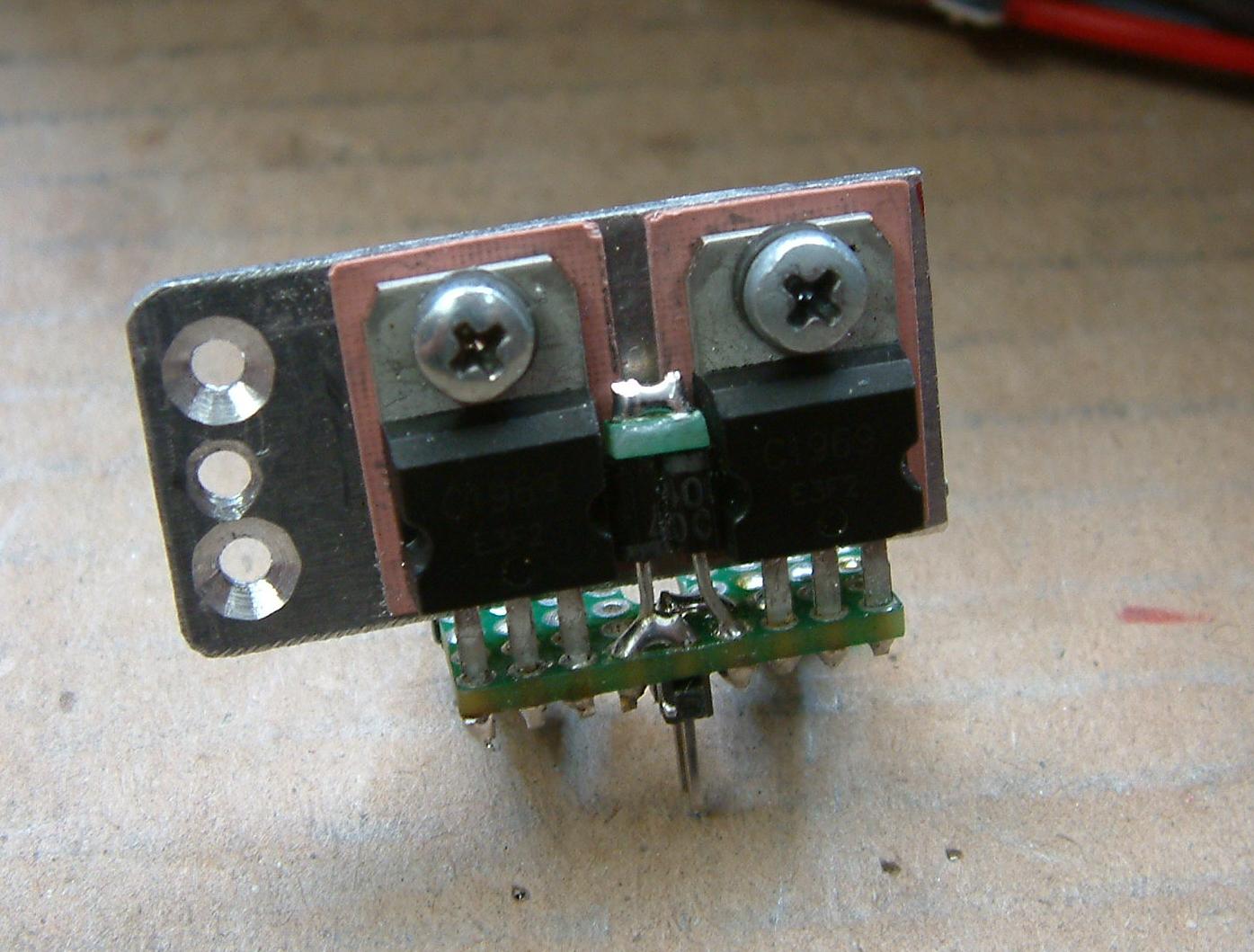 DK7IH Multiband QRP Transceiver for 5 Bands 2020 - Power transistors (2SC1969) on separate veroboard